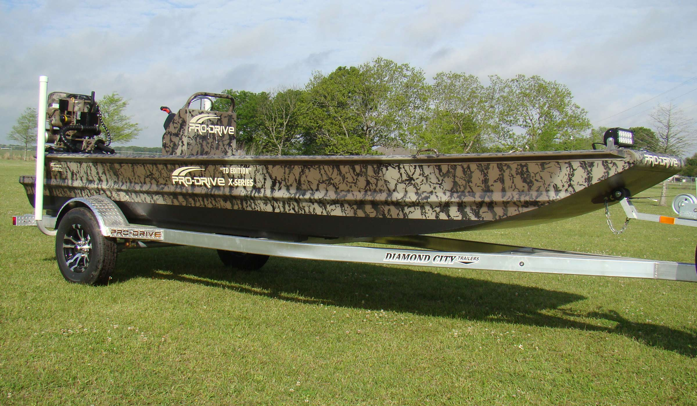 Bow Hunting Boats with Camo Paint